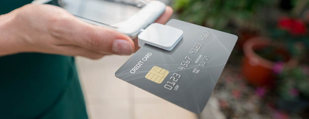 5 Benefits of Mobile Card Readers for Small Businesses