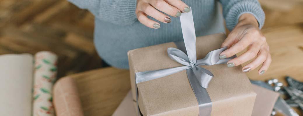 5 Ways to Make it a Merry (but Virtual) Holiday Season thumbnail