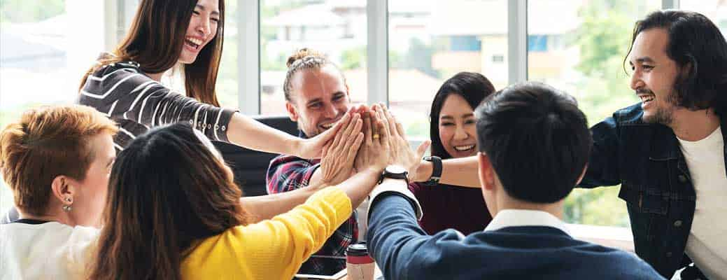 5 Unique Employee Benefits to Start Offering Now header image