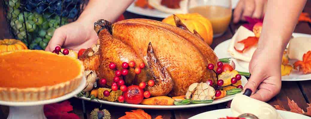 6 Tips to Host Your First Thanksgiving