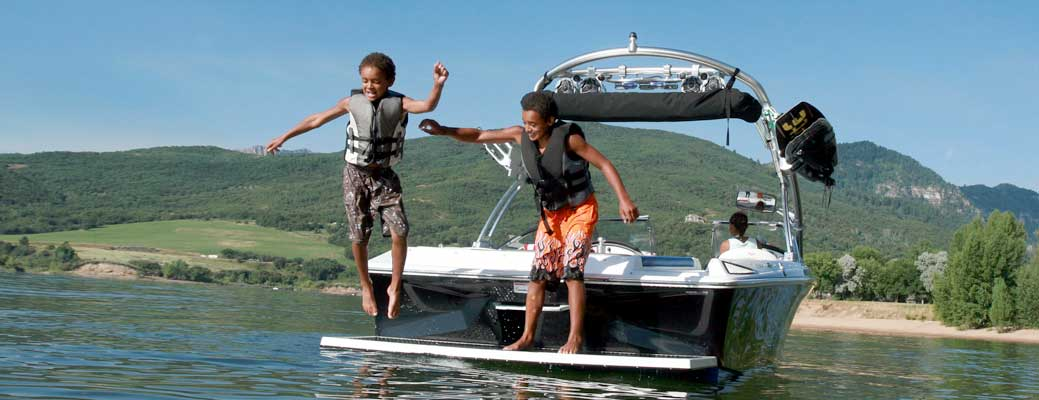 Boating with Kids: What You Need to Know