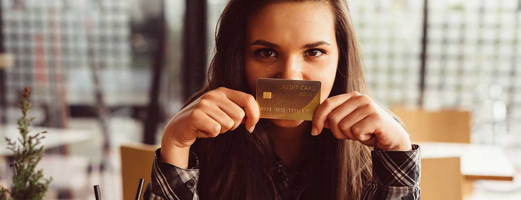 Should Your Teen Have a Credit Card?