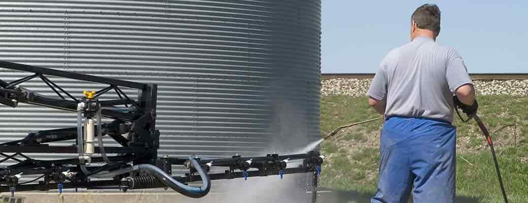 How to Handle a Chemical Spill on Your Farm
