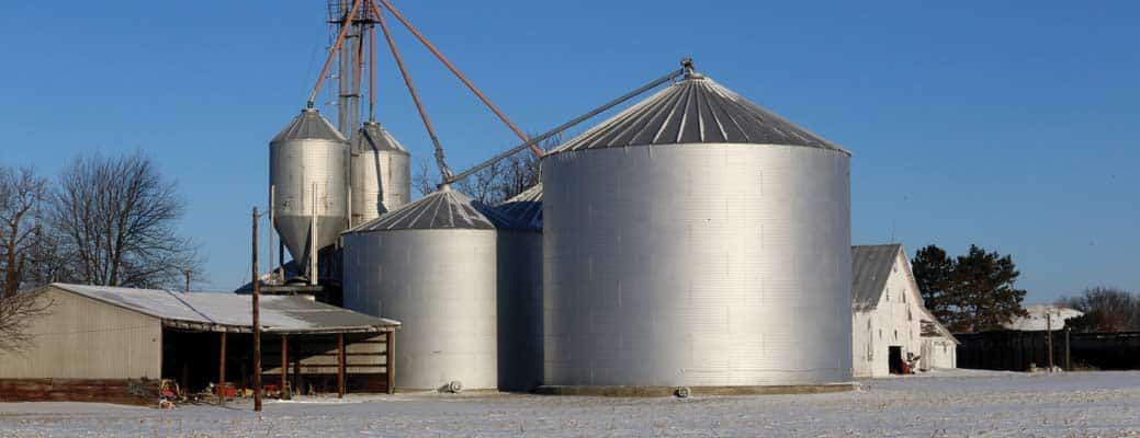 The Pros and Cons of On-farm Crop Storage