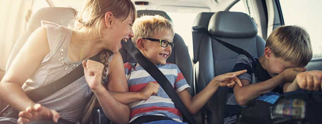 Roadtrip! 6 Ways to Keep Your Kids Happy in the Car