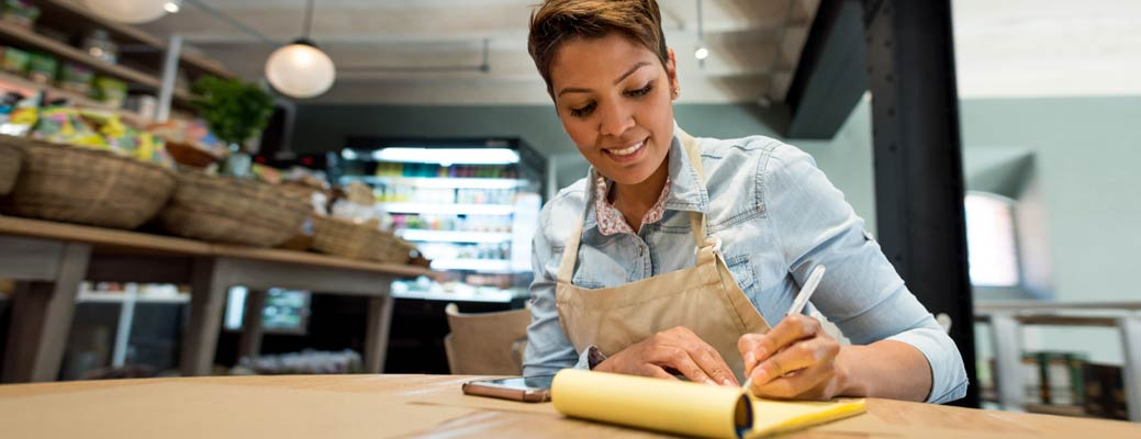 4 Small Business Success Tips: Do This, Not That header image
