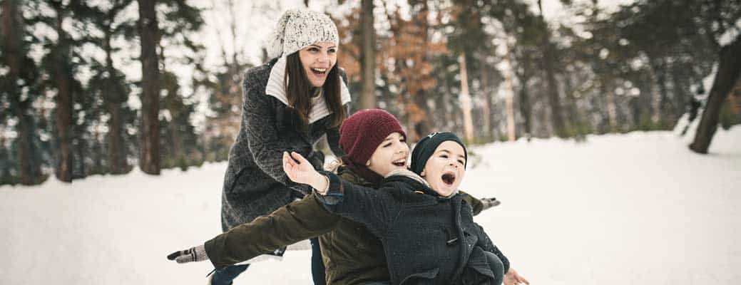 5 Snow Safety Tips for the Whole Family