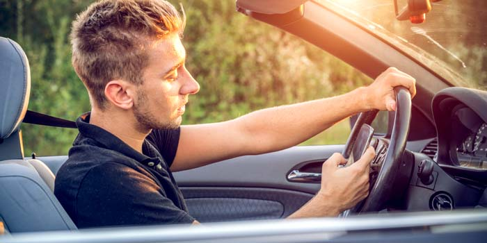Teens and 5 Big Driving Mistakes They Make header image