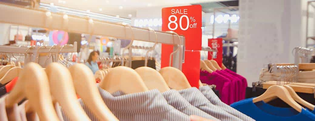 These 8 Retail Psychology Tricks Make You Spend More Money header image